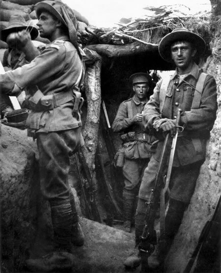 ANZAC soldiers in trenches at Lone Pine